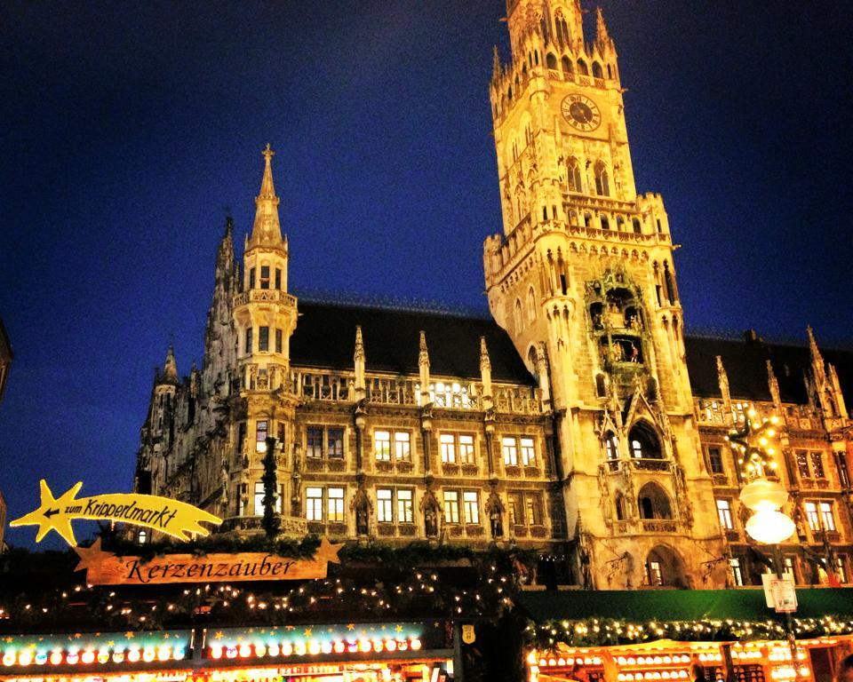 marienplatz christmas market munich