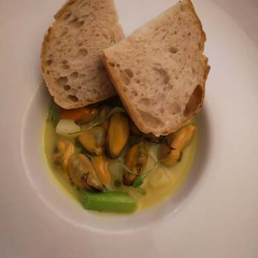 Curried mussels oxo's york